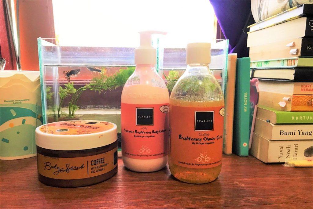 Review produk body care :  body & shower Scrub Coffe dan body lotion Jolly dari Scarlett Whitening